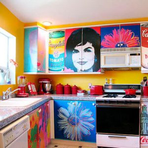 интерьер кухни в стиле поп арт