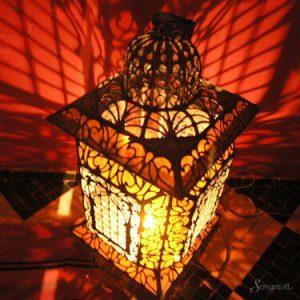 настенный светильник в восточном стиле