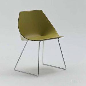 минималистичное кресло