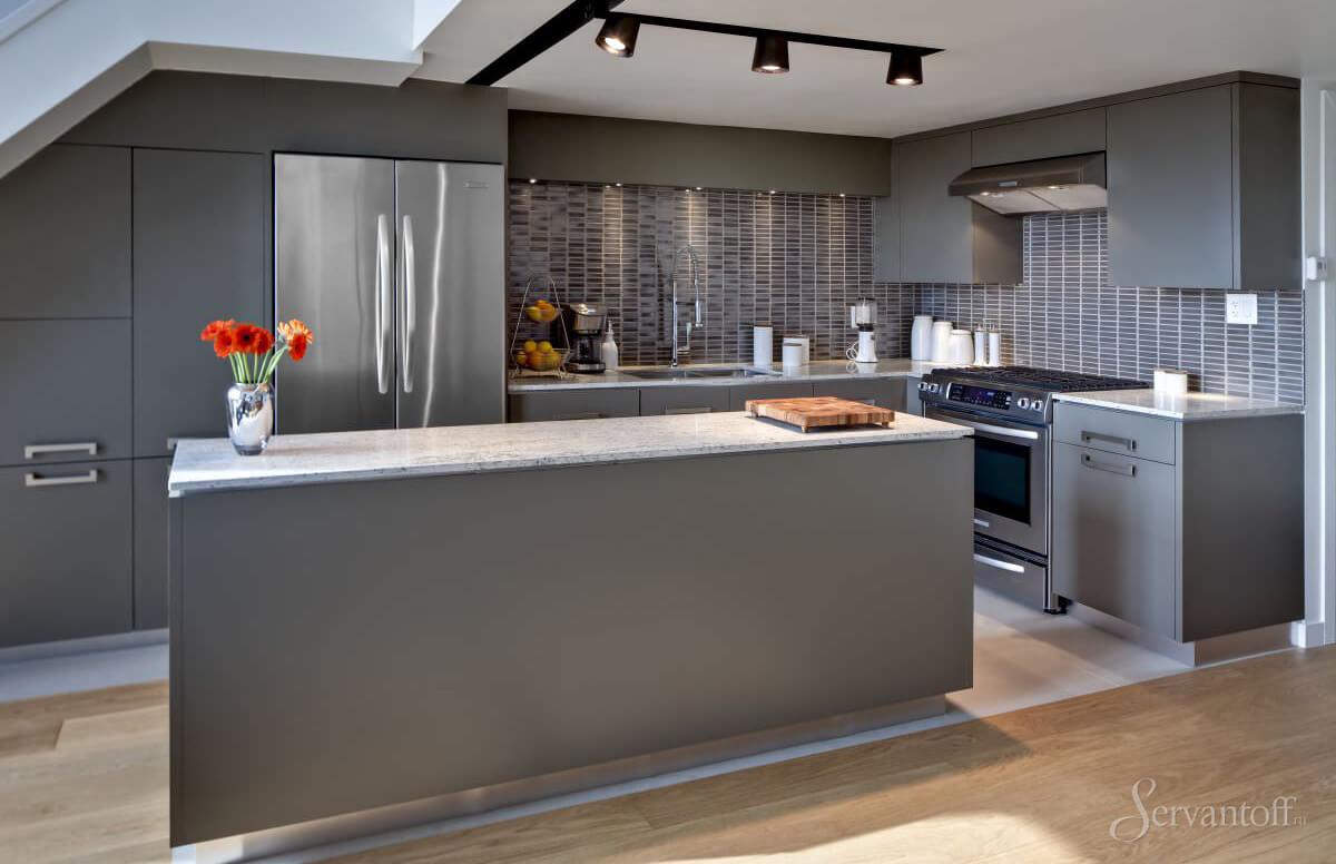 металлический стиль на кухне
